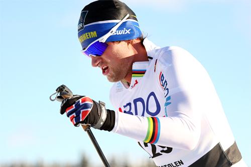 Petter Northug jr. ute på en god kvalitetsøkt her han er på vei mot 24. plass i 15 km klassisk under Beitosprinten 2012. Foto: Geir Nilsen/Langrenn.com.
