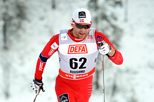 Niklas Dyrhaug i den innledende sprint-prologen i mini-touren i Kuusamo 2012. Foto: Felgenhauer/NordicFocus.