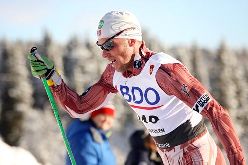 Anders Aukland underveis i den nasjonale sesongåpningens 15 km klassisk i Beitosprinten 2012. Foto: Geir Nilsen/Langrenn.com.