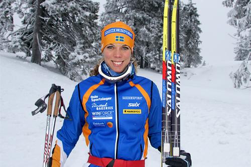 Sandra Hansson foreviget under Skandinavisk Cup på Sjusjøen i desember 2012. Foto: Geir Nilsen/Langrenn.com.