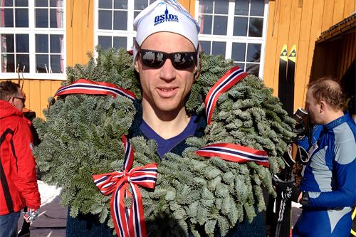 John Christian Deighan Hanssen etter å ha vunnet Moraløpet for 3. gang på rad. Foto: Privat.