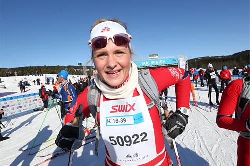 Bertine Thorsnes Lefdal kan smile fornøyd etter å ha avgjort totalseieren i HalvBirken 2013 til sin fordel. Foto: Geir Olsen/Birken.