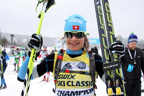 Seraina Boner kom til mål 6 minutter foran nærmeste utfordrer i Birkebeinerløpet 2013. Foto: Geir Nilsen/Langrenn.com.