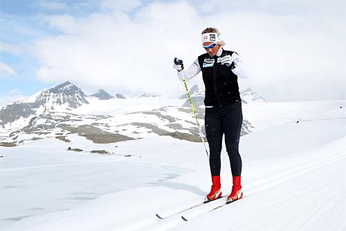 Vibeke Skofterud i løypene utenfor Sognefjellshytta på landslagets samling et tidligere år. Foto: Erik Borg.