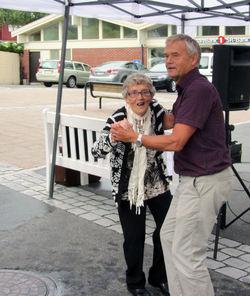 Rådmannen danser med hans mor