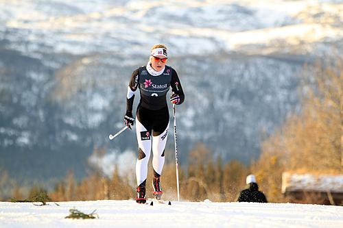 Inger Bonden i den nasjonale sesongåpningen på Beitostølen en tidligere sesong. Foto: Erik Borg.