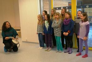 Elever fra Sandnes skole - ledet av Sigrid Sæterhaug_300x202.jpg