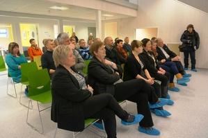 Inviterte gjester under åpningen av Skytterhusfjellet barnehage_300x199.jpg