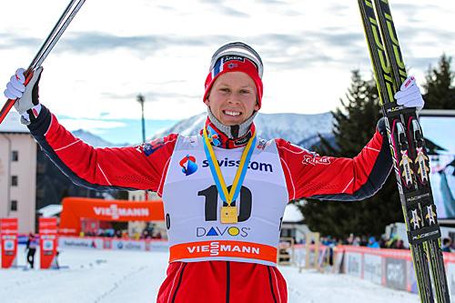 Anders Gløersen feirer seieren etter sprintfinalen i Davos 2013. Foto: Laiho/NordicFocus.