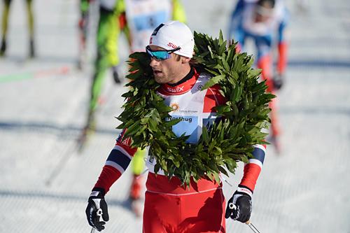 Petter Northug jr. innkasserte sin første seier for sesongen i La Sgambeda 15. desember 2013. Foto: Rauschendorfer/NordicFocus.
