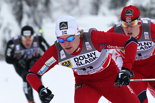Eirik Brandsdal følges her av Anders Gløersen under sprinten i Szklarska Poreba i 2012. Foto: Hemmersbach/NordicFocus.
