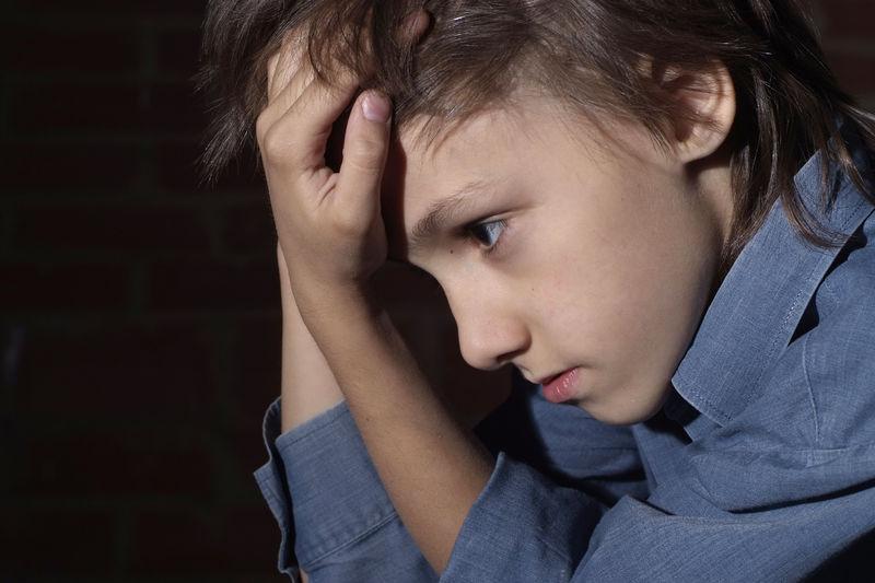 Gutt som er lei seg
