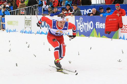Petter Reistad inn til bronse i 10 kilometer klassisk under Junior-VM i Val di Fiemme 2014. Foto: Erik Borg.