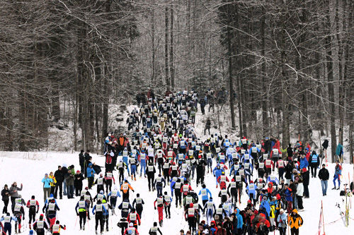 Løpere underveis i König Ludwig Lauf. Foto: Rauschendorfer/NordicFocus.