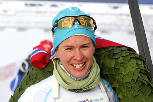 Inger Liv Bjerkreim Nilsen tok en soleklar seier i Holmenkollmarsjen 2014. Foto: Magnus Nyløkken/Skiforeningen.