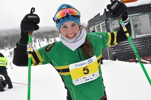 Berit Gjelten kunne søndag innkassere nok en seier i et turrenn, nå i Nordmarkløpet. Bildet er fra da hun vant Furusjøen Rundt-rennet litt tidligere i vinter. Foto: Tone Sidsel Sanden.