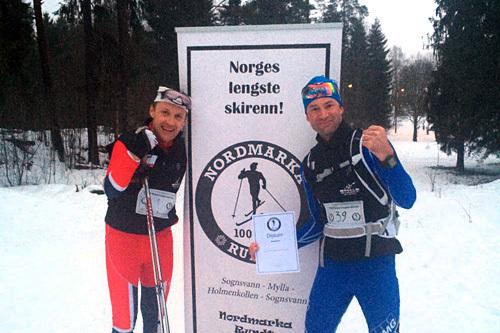 Initiativtager Thorkild Gundersen, til venstre, sammen med Svein Wiig gikk begge det 100 kilometer lange turrennet Nordmarka Rundt 2014. Arrangørfoto.