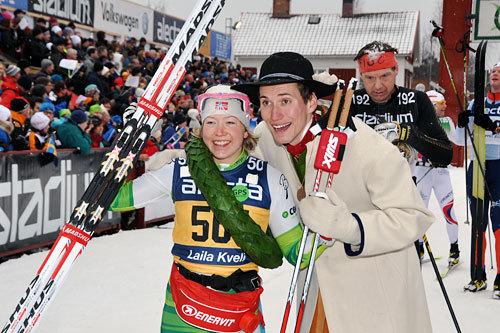 Laila Kveli, fra da hun vant Vasaloppet tilbake i 2014, her sammen med kransmas Daniel Svensson. Foto: Madshus.