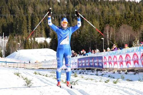 Hilde Losgård Landheim fra da hun gikk i mål til klar seier i Ingalåmi tidligere i vinter. Foto: Kristin Roset/Ingalåmi/Birken.