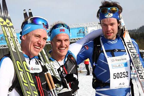 Seierspallen i HalvBirken 2014. Fra venstre: Roger Aa Djupvik (2. plass), Morten Eide Pedersen (1) og Torjus Børsheim. Foto: Kristin Roset/HalvBirken/Birken.