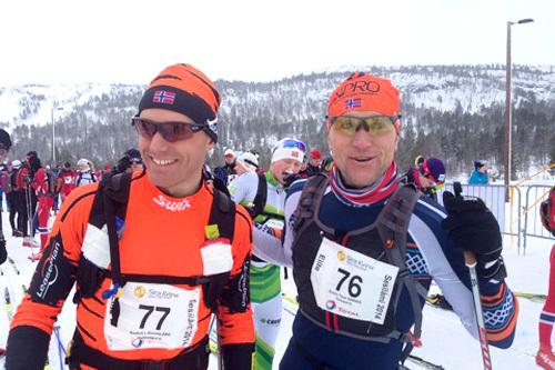 Svein Tore Sinnes til høyre vant Sesilåmi 2014. Her er han sammen med Audun Laugaland ved starten av 2014-utgaven for rennet. Foto: Marit J. Brokk/Sesilåmi.