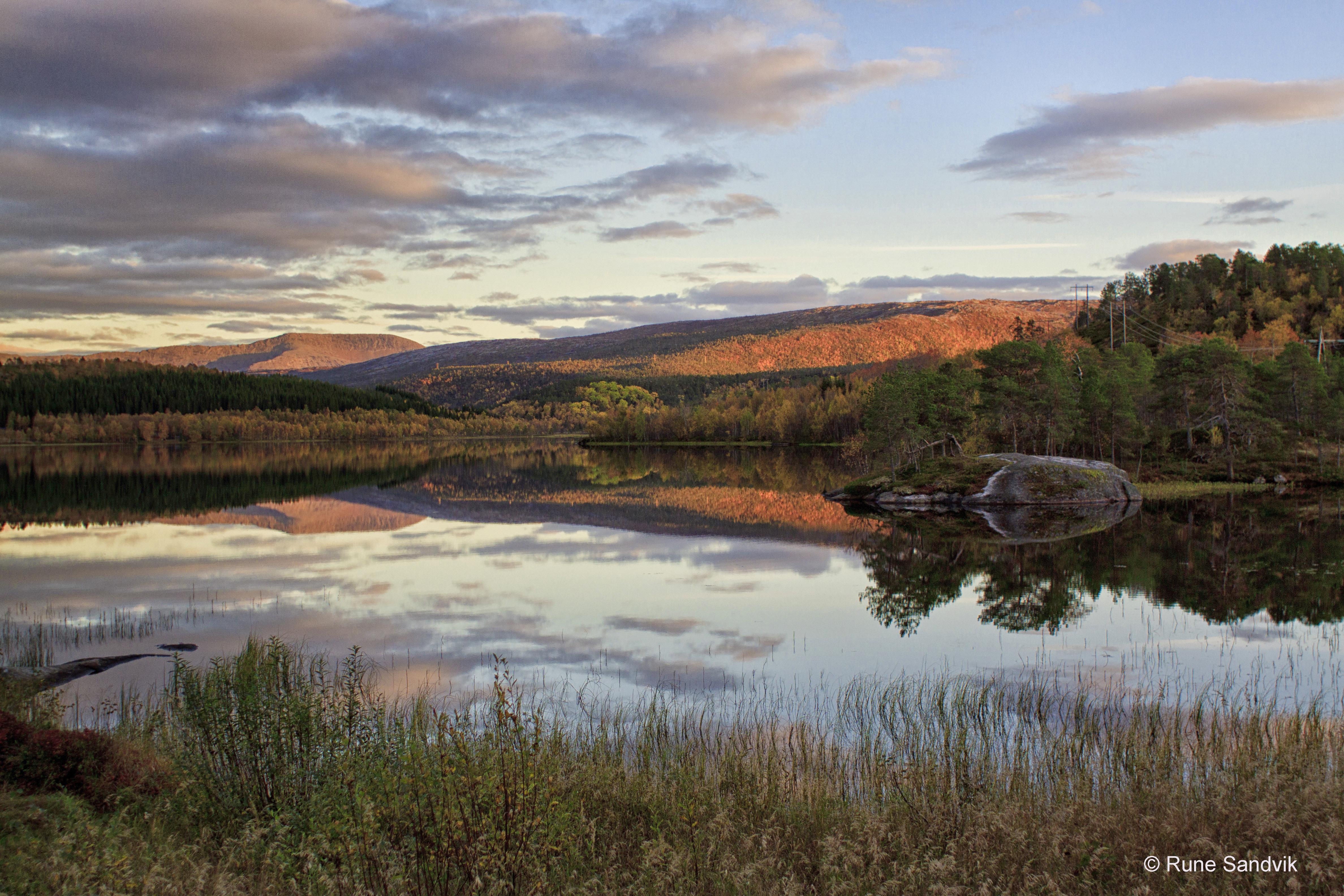 38 Rune Sandvik, Dragsvatn en høstkveld i september copy.jpg