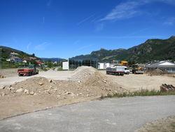 Forberedelse av parkeringsområdet sør for Lundbadet til asfaltering