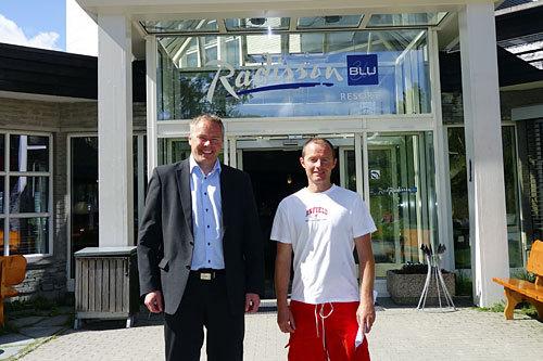Atle Hovi (t.v.) på Beitostølen Resort og Tor Erik Moen på Besseggen Fjellpark. Foto: Aud Eva Bergo.