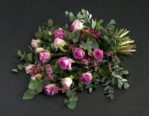 110708_blomster_bårebukett[1]