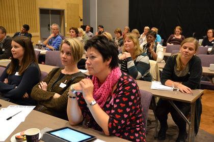 Flere foreldre i plenum konf14
