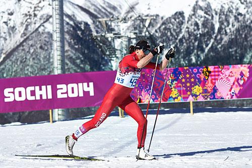 Justyna Kowalczyk underveis på 10 kilometer klassisk under OL i Sotsji 2014, der hun gikk inn til gull. Foto: NordicFocus.