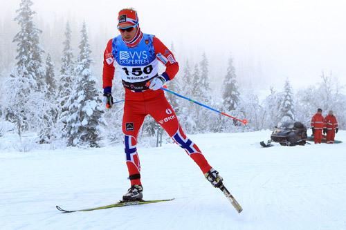 Sjur Røthe ute på 15 km fri under Beitosprinten 2014, der han endte på 13.-plass. Foto: Erik Borg.