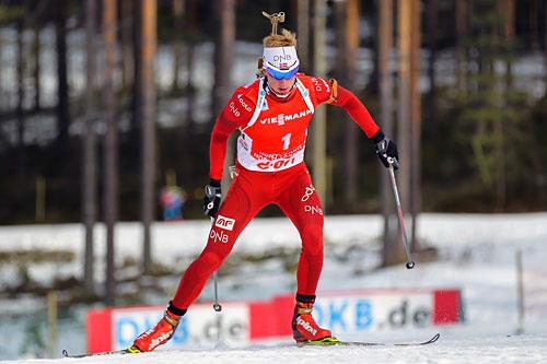 Johannes Thingnes Bø i aksjon under verdenscupen i Kontiolahti i midten av mars 2014. Foto: Laiho/NordicFocus.