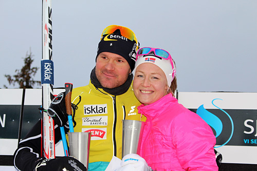 Vinnerne av Romjulsrennet Sjusjøen 2014, Øystein Pettersen og Tuva Toftdahl Staver. Foto: Dorte Finstad.