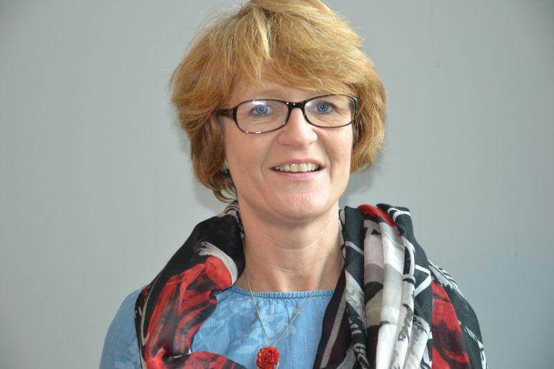 Elisabeth S. Gundersen des14