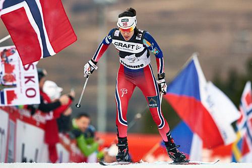 Heidi Weng inn til tredjeplass sammenlagt i Tour de Ski 2015. Foto: Felgenhauer/NordicFocus.