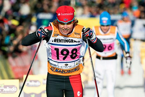 Laila Kveli staker inn til andreplass i Marcialonga 2015. Foto: Östh/NordicFocus.
