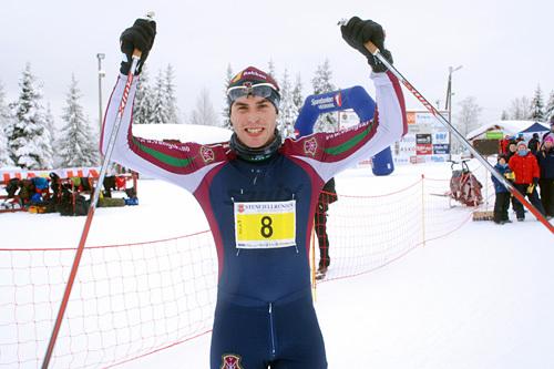 Vinneren av Stenfjellrunden 2015, Simen Engebretsen Nordli fra Vang Skiløperforening. Arrangørfoto.