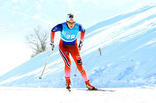Barbro Kvåle på vei inn til gull på 15 kilometer fri under U23-VM i Almaty 2015. Foto: Erik Borg.