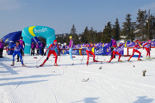 Startraske løpere i aksjon under Bendit Sjusjøen Langrennsfestival. Arrangørfoto.