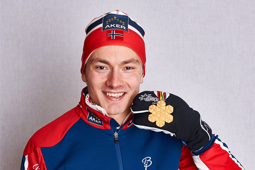 Finn Hågen Krogh med VM-gull fra mesterskapet i Falun 2015. Foto: NordicFocus.