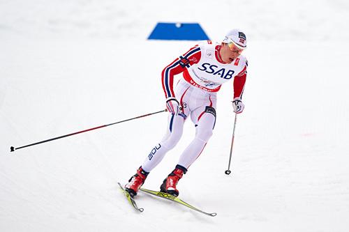 Anders Gløersen i aksjon på 3. etappe for Norge under VM-stafetten i Falun 2015. Det endte med gull. Foto: NordicFocus.