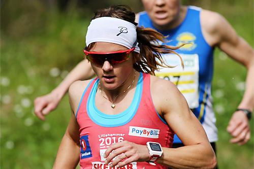 Maiken Caspersen Falla på vei mot 3. plass i det 21 km lange Birkebeinerløpet 2015. Foto: Geir Olsen/Birken.
