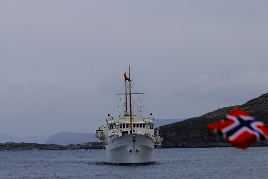 Kongeskipet ankommer Havøysund