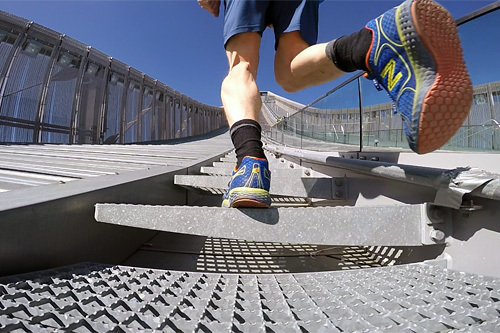 KollenOpp er et trappeløp i Holmenkoll-anlegget. Foto: Carlo Brömel.