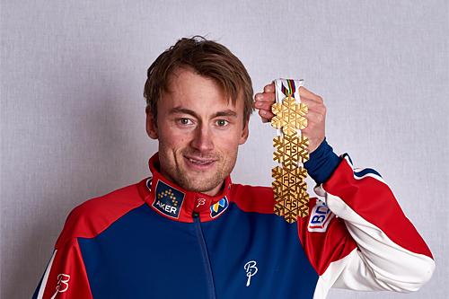 Petter Northug med sine 4 gullmedaljer fra Falun-VM 2015. Foto: NordicFocus.