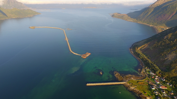 Moloer i Myre havn[1]