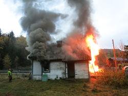 Nedbrenning av hus
