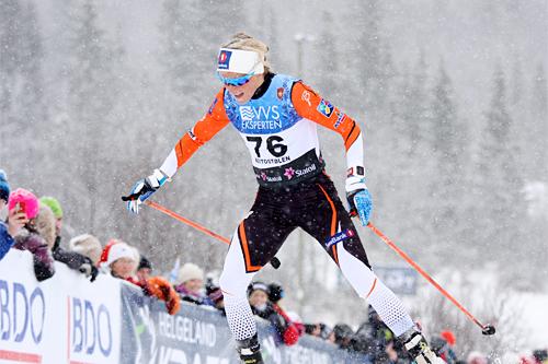 Therese Johaug på vei mot suveren seier på 7,5 km i fristil under Beitosprinten 2015. Foto: Geir Nilsen/Langrenn.com.