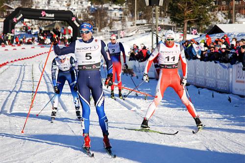 Eirik Brandsdal vinner sprinten under Beitosprinten 2015 foran Petter Northug. Foto: Geir Nilsen/Langrenn.com.